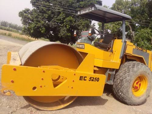 Single Drum Roller Compactor (from CO)